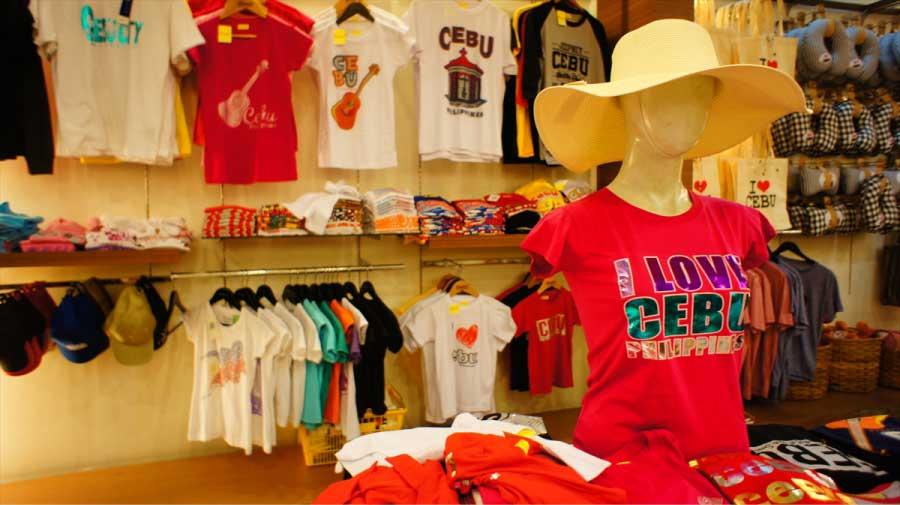 セブのTシャツやジープニーTシャツなど種類も豊富