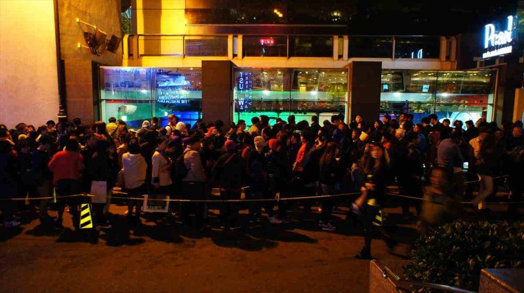香港のピークトラムは下りが混む