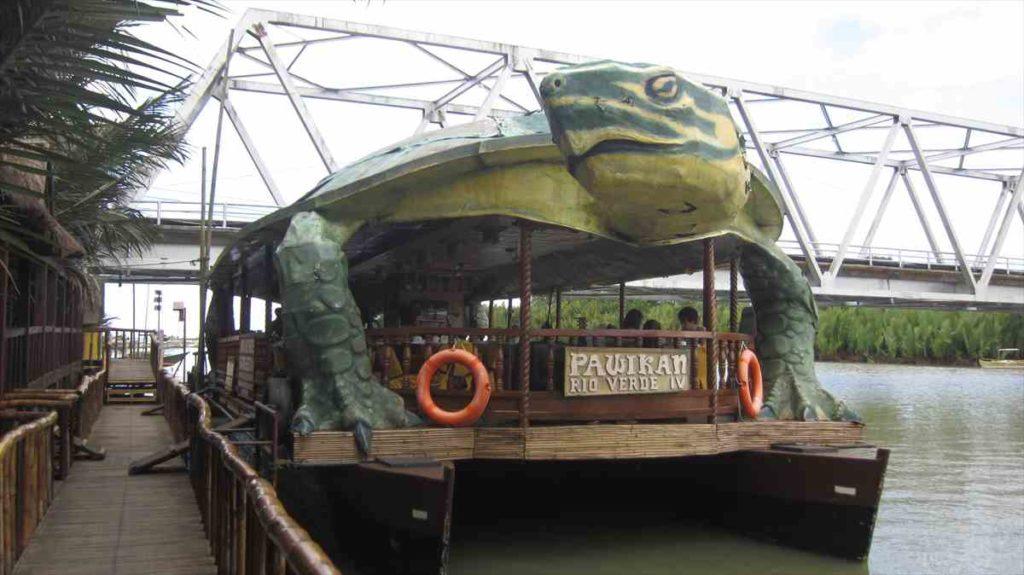 ロボックリバーの船
