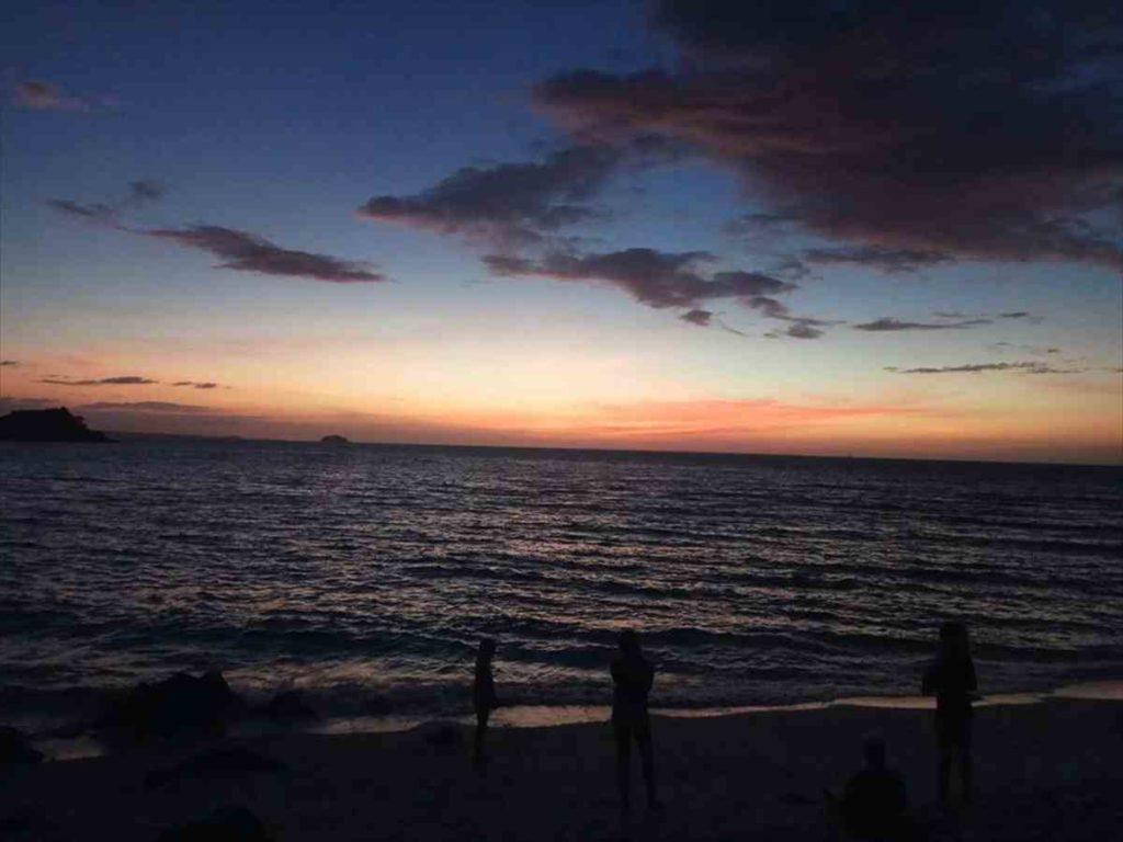 マラパスクア島の夕焼け